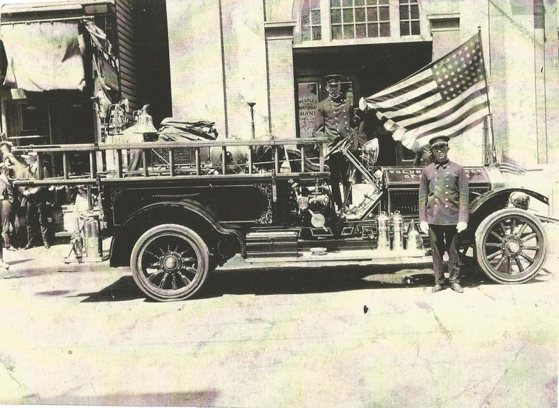 File:Fire Department 1923 LaFrance Fire Engine.jpg